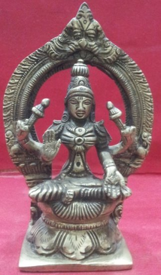 PANCH DATU(FIVE METAL) MAA LAXMI MURTI - Click Image to Close
